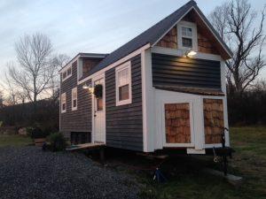 The Tiny Farmhouse